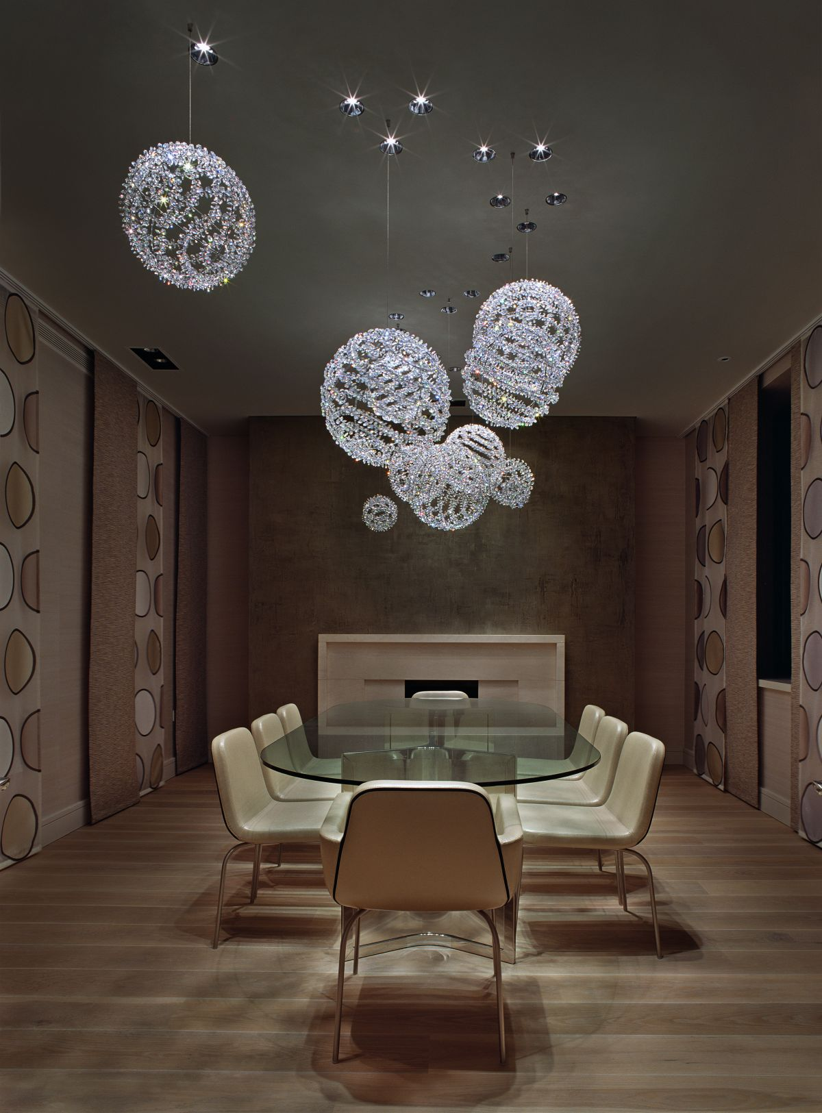 Grouping chandeliers